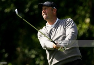 Cink weathers storm to win Travelers by one